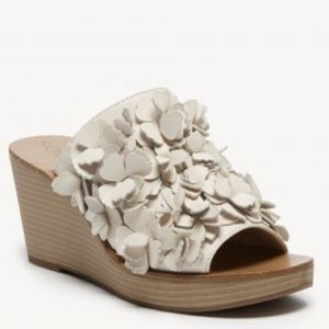 Sole Society Poppie Floral Wedge Sandal
